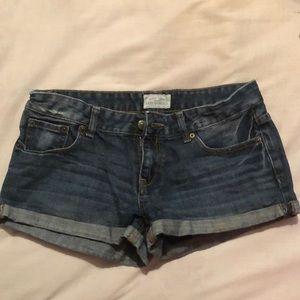Aero jean shorts. size 5/6